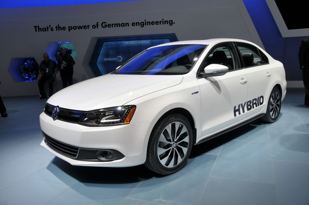 2013 volkswagen jetta hybrid unveiled at 2012 detroit auto show. Black Bedroom Furniture Sets. Home Design Ideas