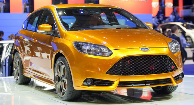2013-Ford-Focus-ST-0