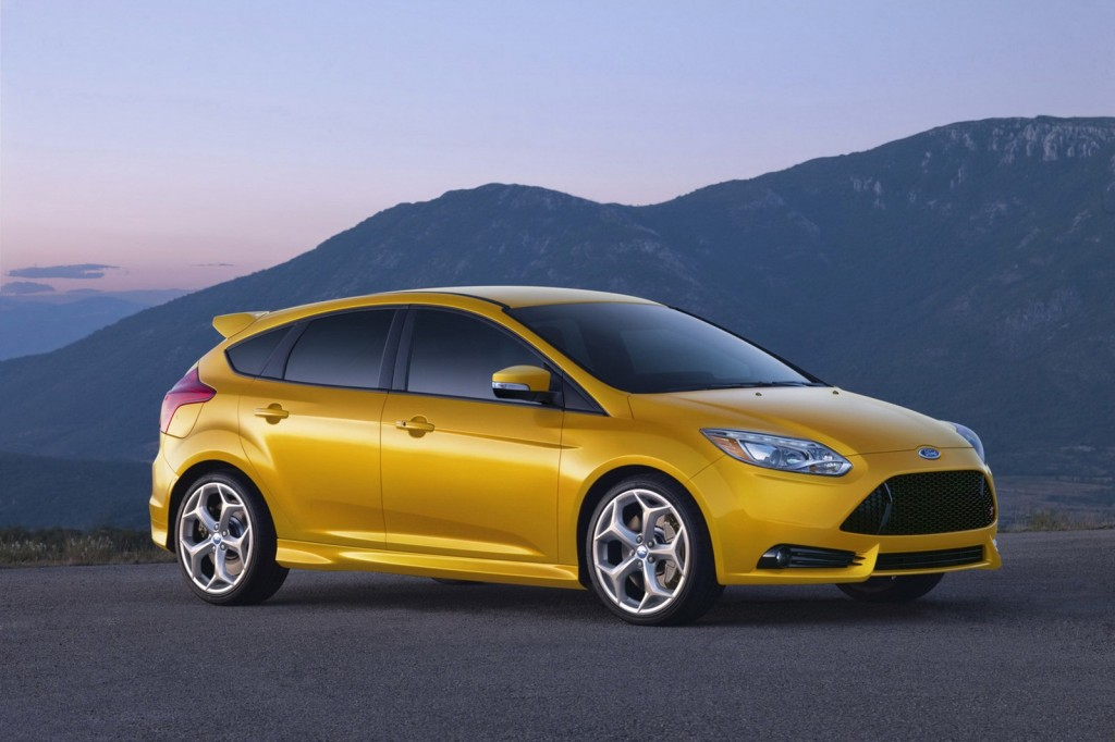 2013 ford focus st price 23 700. Black Bedroom Furniture Sets. Home Design Ideas